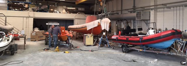 Rib boat repair garage